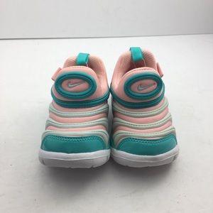 Nike Shoes - NWOB Nike Dynamo free TD toddler slip on shoe Sz5c